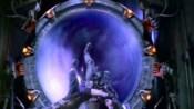 Černá díra dokáže udržet červí díru neomezeně dlouho v důsledku teorie relativity