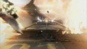 Mitchell uniká s F-302 z vybuchujícího Koroleva