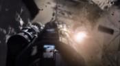 Raketoplán vylétá z rozpadajícího asteroidu