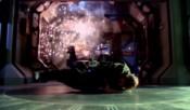 Jackson uniká z vybuchujícího Koroleva transportními kruhy