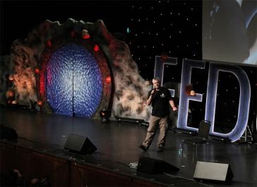 Richard Dean Anderson na Fedconu XX