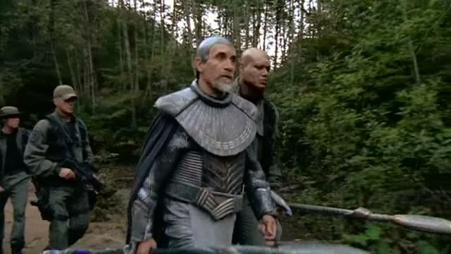 Bra'tak s SG-1 hledají Harsesise