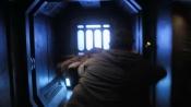 Eli s Chloe se schovali ve výtahu
