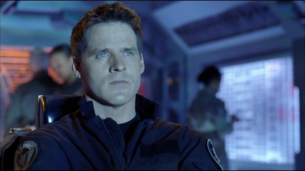 Ben Browder jako plukovník Cameron Mitchell